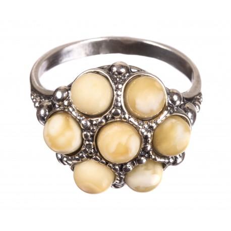 Balti žiedai