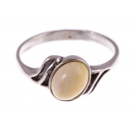 """Sidabrinis žiedas su gintaru """"Jausmų galia"""""""