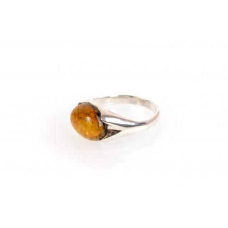 """Sidabrinis žiedas su gintarine akute """"Saulės galia"""""""