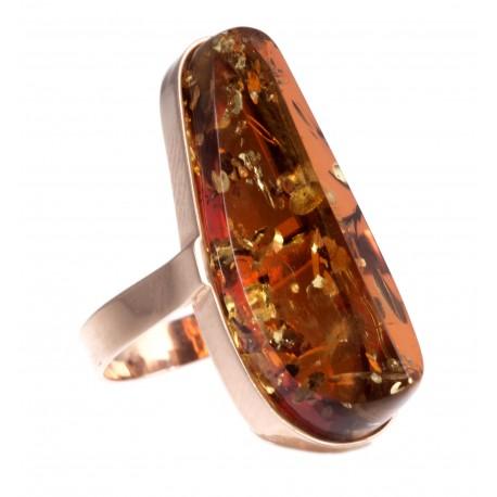 Aukso žiedas su rudu gintaru