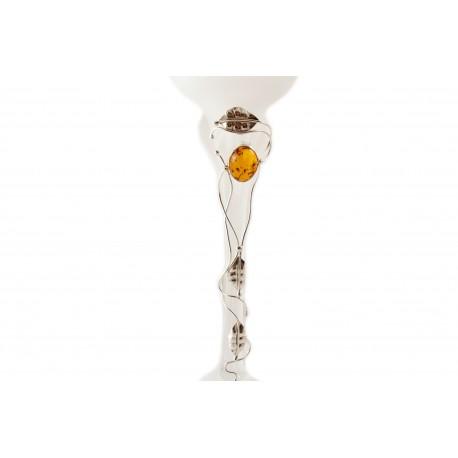 Gintaru ir sidabru dekoruota stiklinė žvakidė