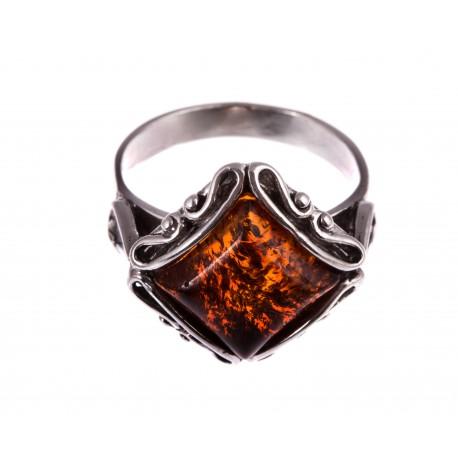"""Sidabrinis žiedas su gintaru """"Ryto Aušra"""""""