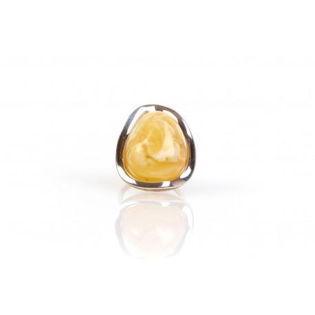 Gintaro - sidabro žiedas su baltu Baltijos jūros gintaru