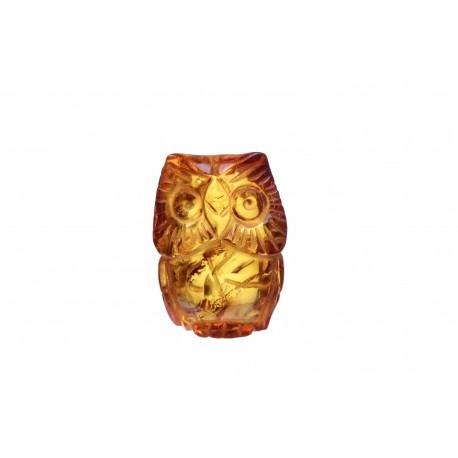 Konjakinės spalvos gintarinė figūrėlė - pelėda