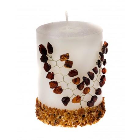 Puošni žvakė su gintaru