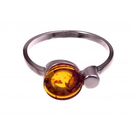 """Gintaro - sidabro žiedas """"Svajos"""""""