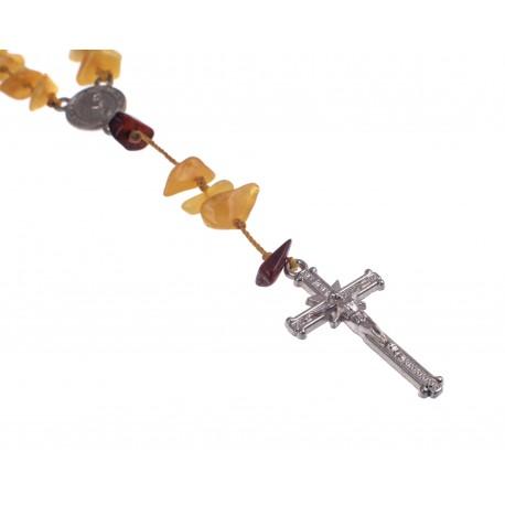 Krikščioniškas rožinis suvertas iš konjakinio ir geltono gintaro