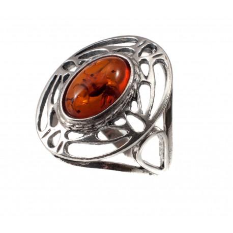 Sidabro žiedas su konjakiniu gintaru