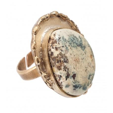 """Žalvario žiedas su baltuoju gintaru """"Alchemija"""""""