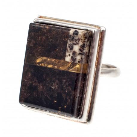 Sidabrinis žiedas su juoduoju gintaru